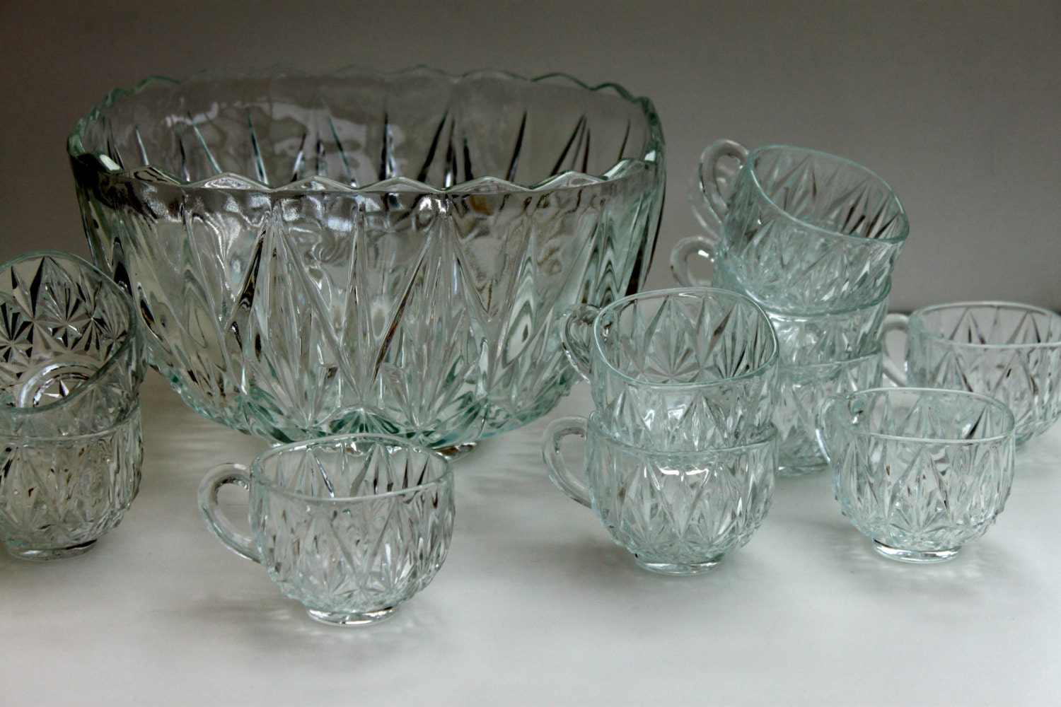 vintage glass punch bowl set. Black Bedroom Furniture Sets. Home Design Ideas