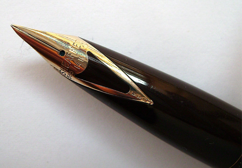 Vintage Sheaffer White Dot Brown Fountain Pen 14k