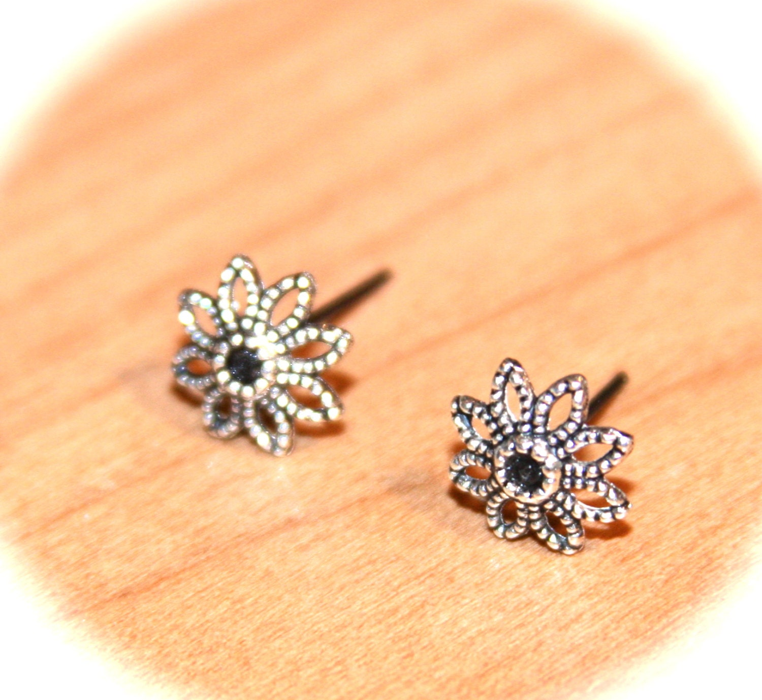 flower stud earrings flower cartilage earrings by
