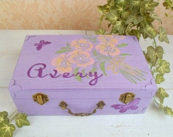 Girl's Keepsake Box, Shabby Chic, Memory Box, Jewelry Box, Flower Girl Gift, Flowers, Bouquet, Butterflies, Purple Personalized , SHB