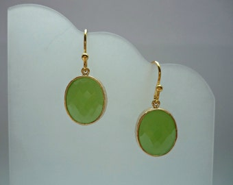 August birthstone, peridot gold earrings, lime green earrings, green gold earrings, peridot dangle, peridot drops, peridot oval earrings