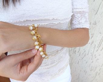 White Coral Bracelet,Gold Bracelet,Wedding Bracelet,Charm Bracelet,Bridal Jewelry,Stone Bracelet,Elegance,Feminine Bracelet,Gift for Her,