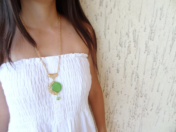 Rezerved Green Jade Stone Necklace- Gold Plated Necklace- Jade Stone-Frame Necklace