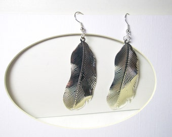 sale-Feather  Earrings Earthy, Hippie Style, Antique  silver Metal Feathers, Bold Bohemian Jewelry, Feather Jewelry
