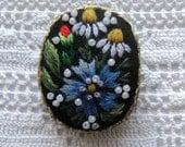 Muhu art Embroidery Brooch
