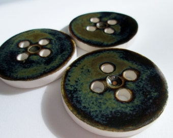 Mirror Black - Three Porcelain Buttons