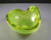 Alfredo Barbini Vaseline Glass Bowl Ashtray // Mid-Century Murano Italian Art Glass with ORIGINAL tag