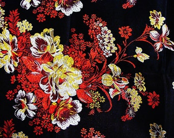 100x90cm.Brocade fabric . You can order fabric samples by the numbers 1 to 3 (top to bottom)