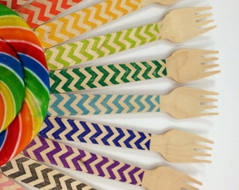 25 Chevron Hand stamped Wooden Forks, Custom Colors Available, Wooden Utensils, Wooden Cutlery, Wooden Silverware,  Kid's Party