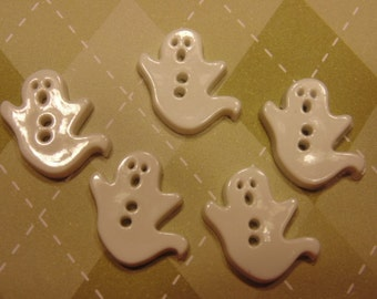 5 white ghost buttons, 16 x 18 mm (B1)