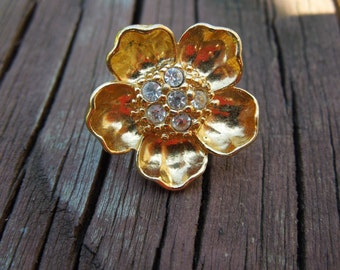Vintage Avon Pin, Gold Tone with Rhinestones,  Signed, Beautiful Condition.