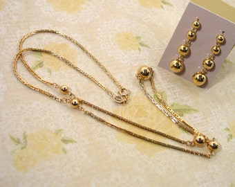Avon 1978 Beaded Chain Necklace  and pierced earrings gold tone
