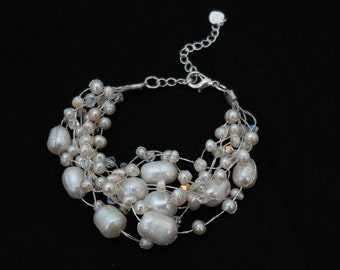 Wedding freshwater pearl and crystal bracelet.