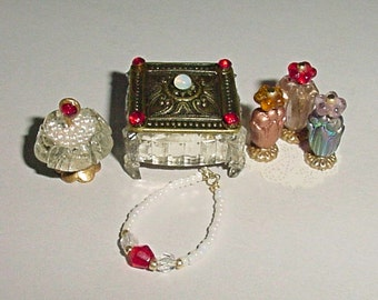 Miniature Bedroom Vanity Set - Trinket or Dresser Box, Necklace, Perfumes, Pedestal Dish -  Dollhouse One Inch Scale Accessory OOAK