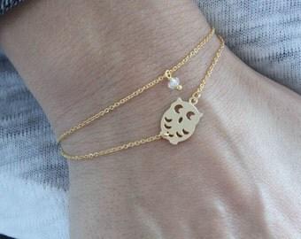 Dainty Owl Bracelet. Minimalist jewelry. Double chain bracelet. Gift for her. Bracelet with gold owl charm and Tiny Swarovski Crystal Bead