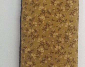 Brown Floral Seat Belt Cover