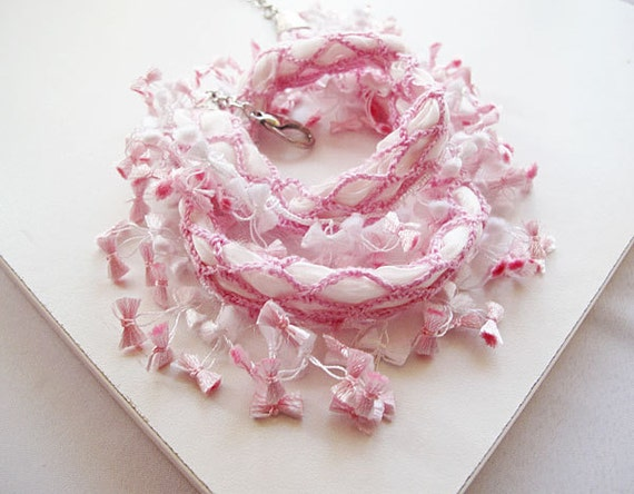 Pastel Pink  Crochet Statement Necklace , Crochet jewerly, Pink Flowers, Romantic, Summer Accessories
