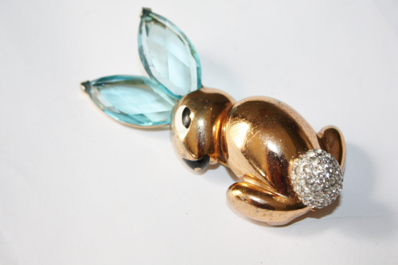 Vintage Fur Dress Clip Rabbit 1940s Jewelry Book Piece