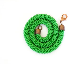 Green Shamrock Necklace/Beaded Rope Necklace/Green short fiber choker/Crocheted tubular necklace