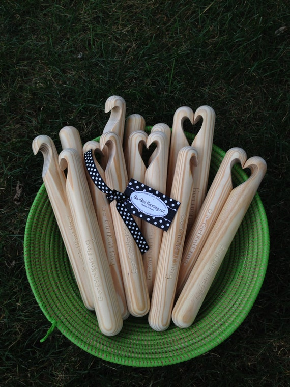 Go-Girl GIANT Crochet Hook