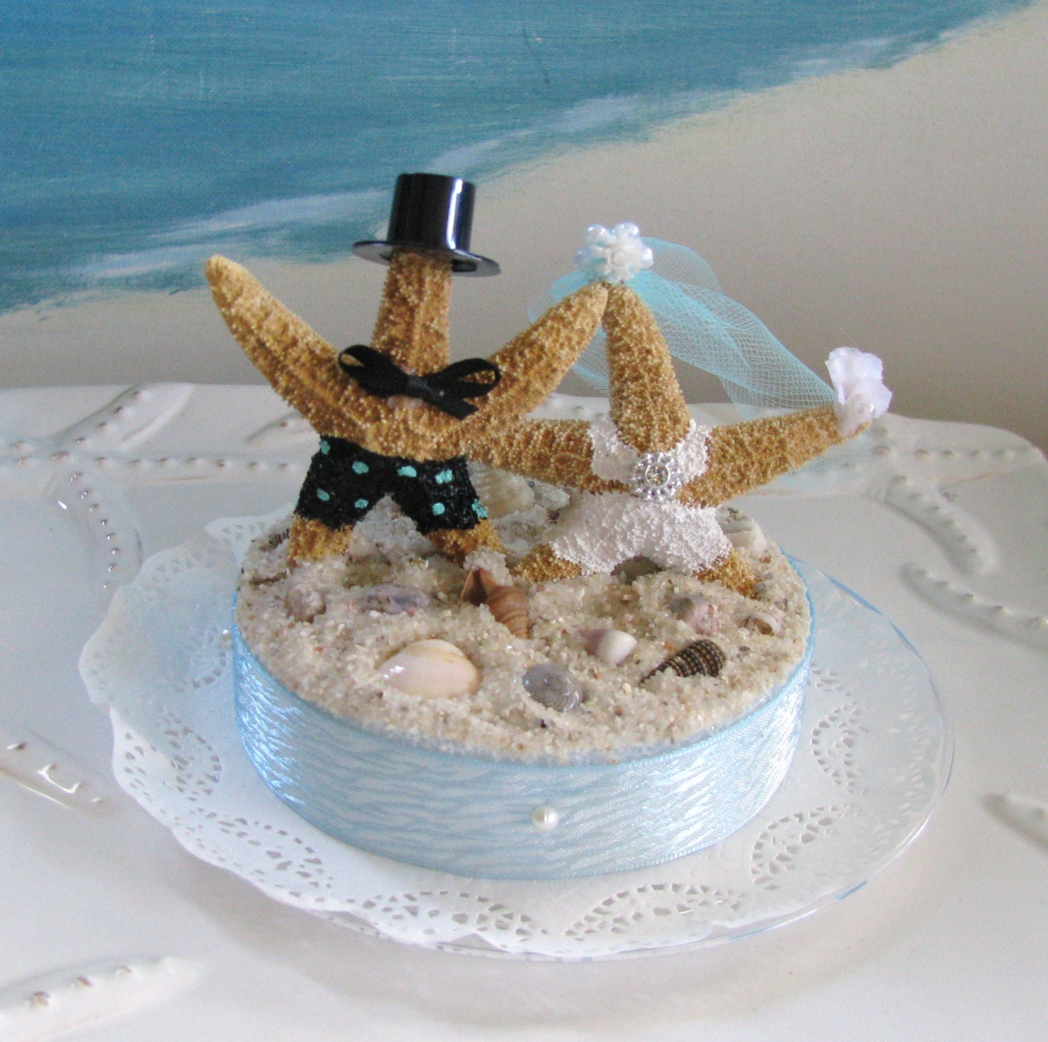 Starfish Bride and Groom on a Beach Wedding Cake