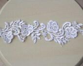 White rose wedding lace applique.  8 pcs.  Bridal lace.  Applique.  Vintage lace
