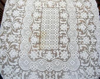 Vintage Lace Tablecloth - ecru