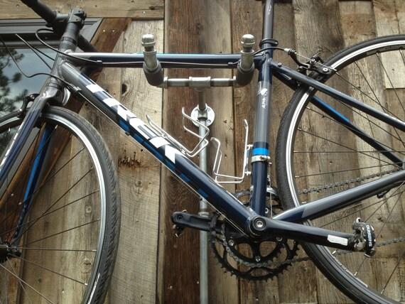 Industrial Iron Pipe Dual Bike Rack Fuji Dd