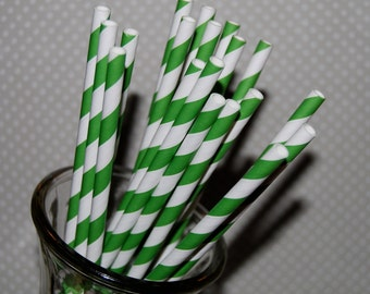 """25 KELLY GREEN and white barber striped paper drinking straws - with FREE blank Flags / Pendants. See also - """"Personalized"""" flags option."""