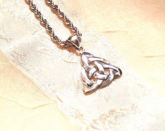 Triquetra Celtic Love Knot Necklace in Sterling Silver