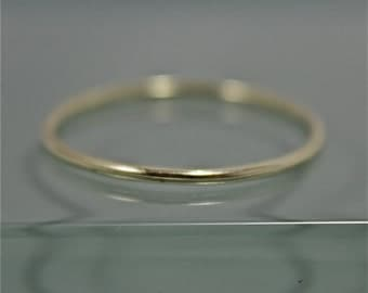 Green Gold Ring 14k  SOLID Thin Stacking Band Ring Smooth 1mm Shiny Finish Eco-Friendly Recycled Gold