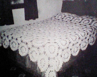 Vintage Crocheted Bedspread or Tablecloth Pattern