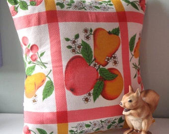 50s Fruit Kitsch Cushion / Pillow cover Upcycled Teatowel