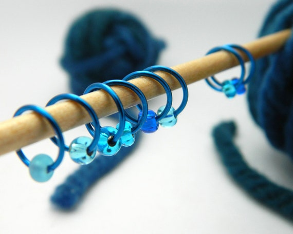 Blue Crush / Snag Free Stitch Markers - Dangle Free Knitting Stitch Markers - Small Medium Large Sizes Available