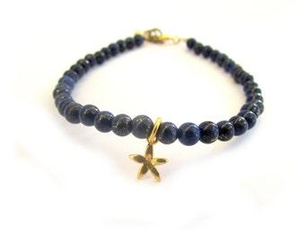 Lapis Charm Bracelet, Navy Blue Bracelet,Gold Flower Bracelet,Dark Blue Jewelry,December Birthstone,Lapis Bead Bracelet,Tiny Flower bracelet