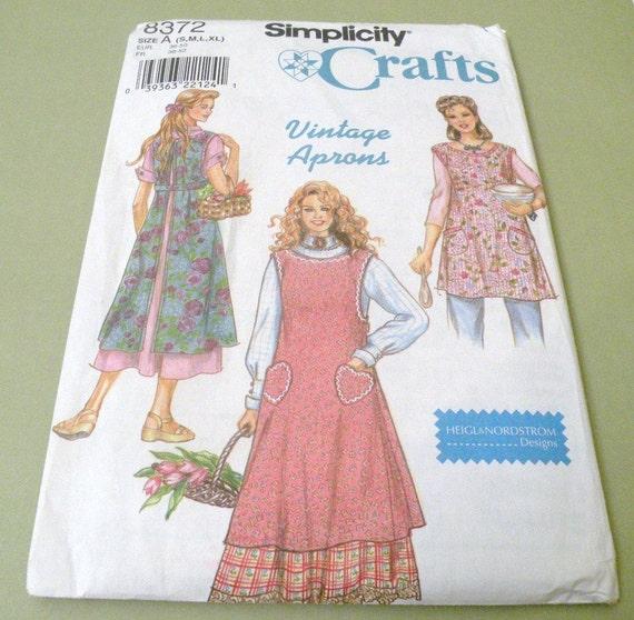 Simplicity 8372 Uncut Vintage Apron Pattern dated 1998 Heigl