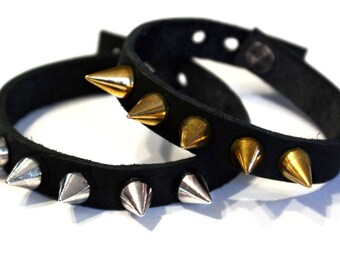 Back studded leather bracelet