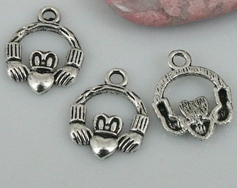 54pcs Tibetan silver color hands holding heart charms EF0431