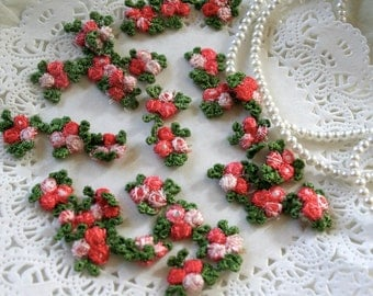 12 Venise Coral Red Rosebud Appliques