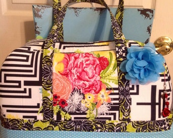 """Large carry-on, designer fabric, stunning """" take me with"""" overnight bag."""