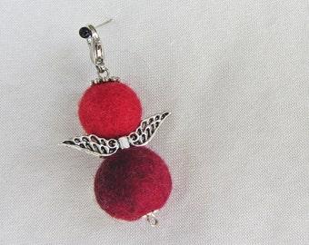 Filz Filzengel rot Elfe Christbaumschmuck Weihnachten, Filzperlen ca. 15 mm und 18 mm 100% Wolle, Karabiner, Metall, Länge ca. 55mm, gefilzt