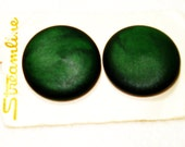 Vintage Dark Green Large Buttons on Cards, 2 buttons each of two shank styles