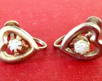 Vintage Gold Heart Shaped Screw Back Earrings Prong Set Opal Stone Center