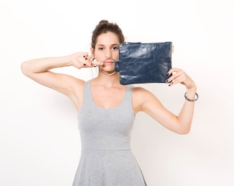 Navy leather purse - clutch bag - Leather wristlet clutch  - Metal Nickel ring - Women Leather Zipper Pouch - Blue Navy Leather Bag