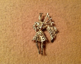 Antique Sterling Silver Scottish Bag Pipe Player Brooch
