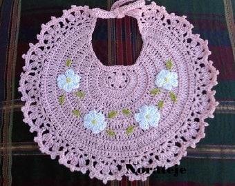 Daisy chain baby girl bib crochet pattern