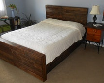 King Bed Reclaimed Pallet Wood