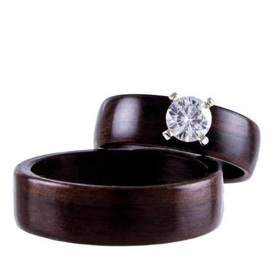 Ebony Wooden Ring with 4mm Moissanite Stone