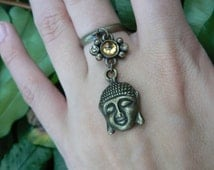 brass buddha ring golden cabachon in boho gypsy Moroccan Indie New Age hippie hipster native american tribal fusion and tribal style