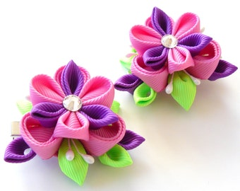 Kanzashi  Fabric Flowers. Set of 2 hair clips. Pink, purple and green.
